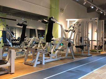 廖震健身工作室