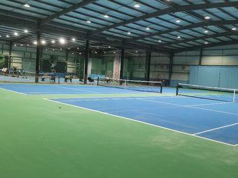 新动泰尼斯网球馆