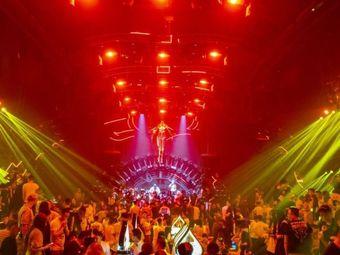 FLY NIGHT CLUB·室内电音剧场