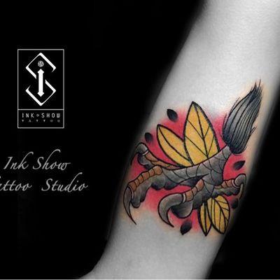 鹰爪纹身图