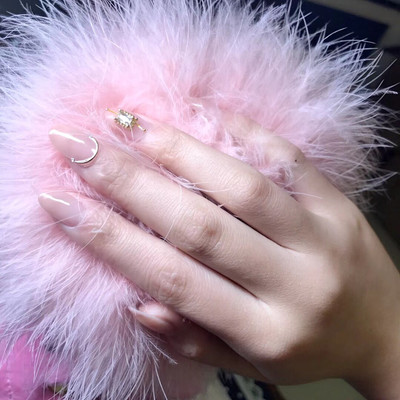 粉色仙子美甲款式图