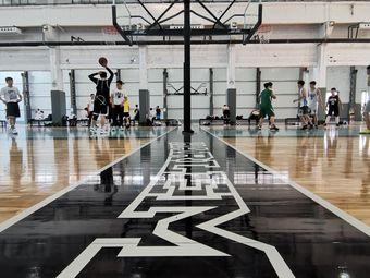 哈林街区美式篮球(冰山慧谷店)