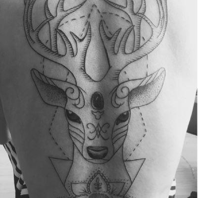 线条鹿~纹身图