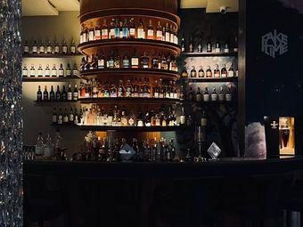 费时 Whisky&Cocktail Bar