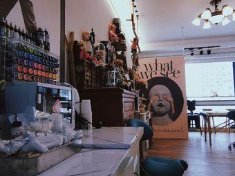 万万的玩偶纹身店