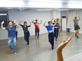 XCHEN舞蹈工作室