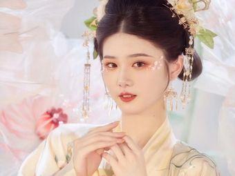 入婳境汉服体验馆(中山路店)