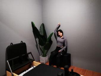 飞特健身工作室(龙潮店)