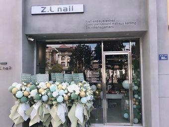 Z.L nail