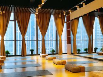 心馨塑形瑜伽运动馆