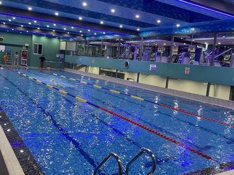 金陵国际游泳健身