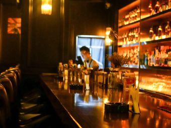STM·whisky&cocktail·BAR