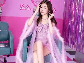 BarbieQ芭比主题自拍馆