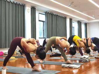 艾伽瑜伽舞蹈培训机构