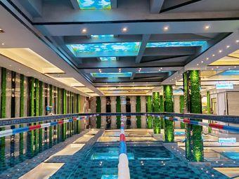 唐龍游泳馆