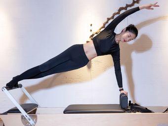 元木瑜伽·普拉提·体态矫正管理中心
