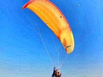 南宁大明山滑翔伞跳伞基地
