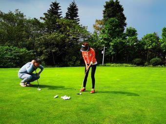 TT高尔夫学院•佰富高尔夫球会