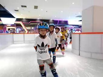 真冰滑冰场(澳林购物广场店)
