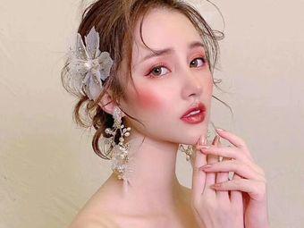 郑汶化妆美甲美睫店(万达店)
