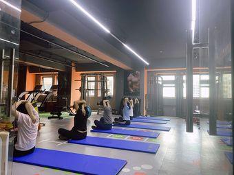 蜕变健身工作室