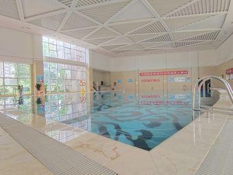 华南城九珑府游泳馆