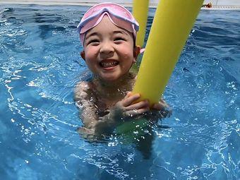 海贝贝亲子游泳俱乐部