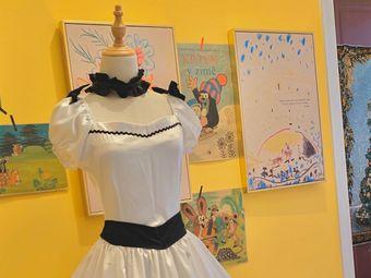 GirlsTalk校服换装体验馆