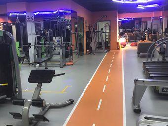 顶点健身工作室