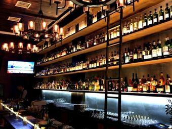 麦芽堂威士忌鸡尾酒吧