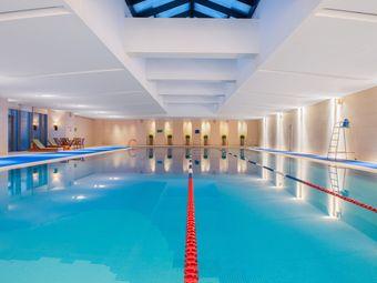 绿洲国际假日酒店游泳馆