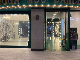 M33 Dance Studio 舞蹈普拉提艺术空间(华发世纪城店)