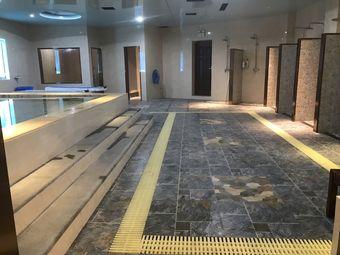新星城浴场