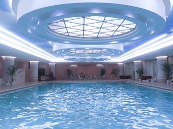 东方豪景游泳健身俱乐部