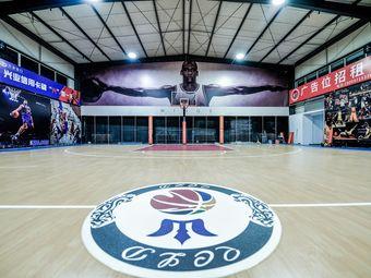 青城乐动篮球馆