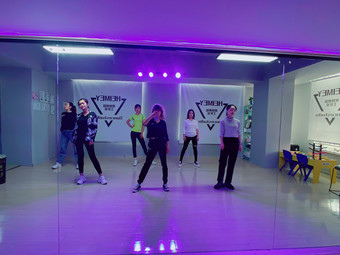HeiMey舞蹈工作室