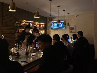 工人饮料店THE LABOUR DRINKS COMPANY