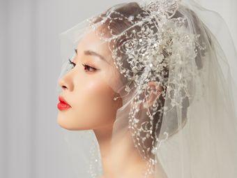 皇后造型新娘化妆