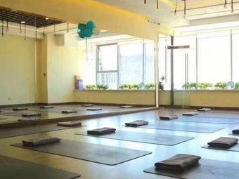 静缘瑜伽会馆(茂业店)