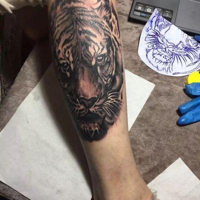 写实虎纹身款式图