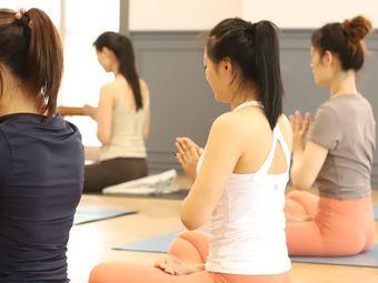 心灵海瑜伽