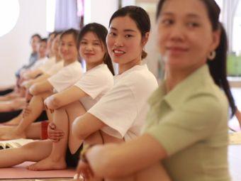 莲瑜伽禅意生活馆