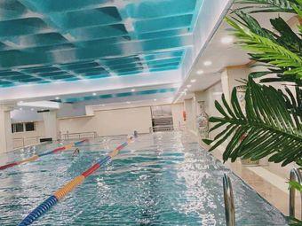 尚恩游泳健身
