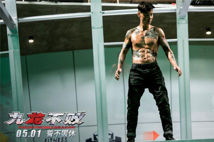 张晋刘心悠悬案迷情,陈果最新力作《九龙不败》进军五一  第3张