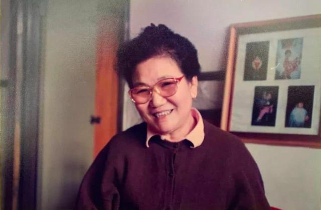 赵丽蓉逝世19周年,肺癌晚期在春晚彩排咳出血,