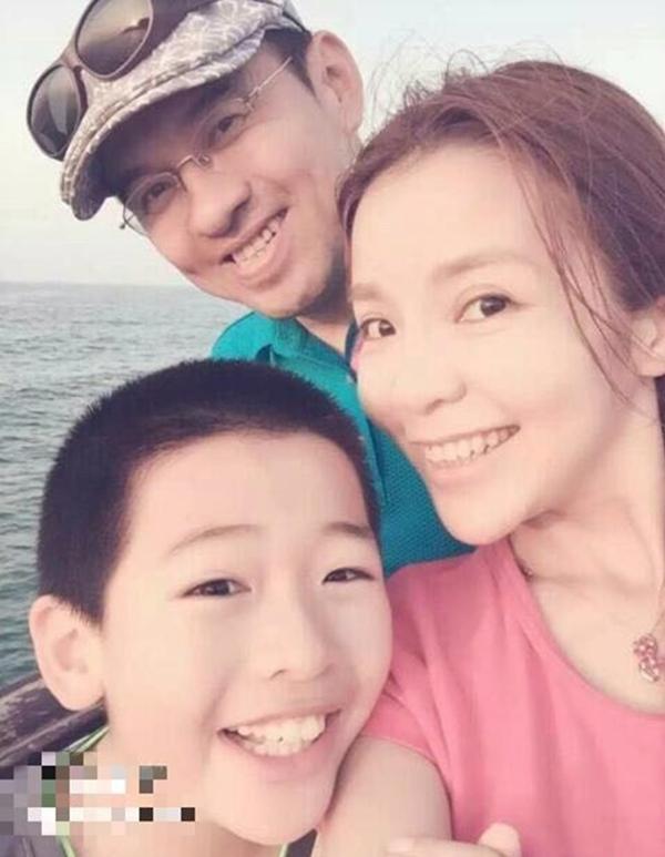 央视主持人朱迅15岁儿子近照罕见曝光,网友:还好长得像妈妈  第6张