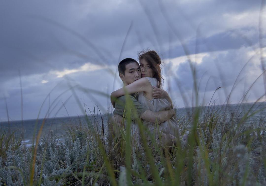 日本电影旬报十佳之首《火口的二人》