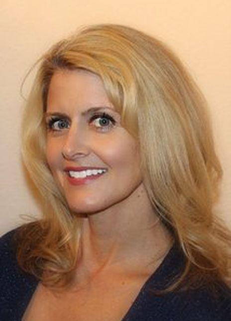 Deborah Kay Hooker图片