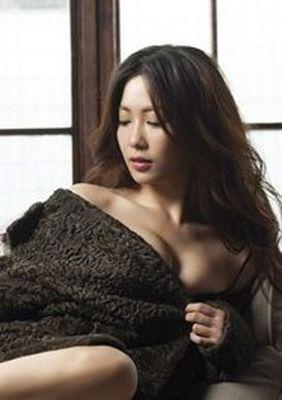 Ariel Ahn