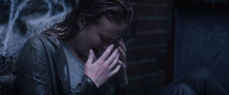 """""""黑凤凰""""被网友骂到想自杀:她们说我长的丑演技差  第3张"""